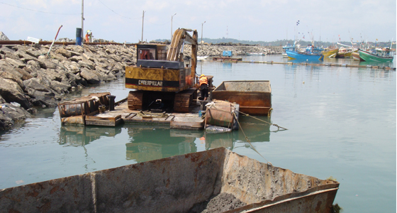Dredging at Fishery Harbour Puranawella